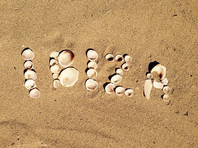Playa-d'en-Bossa-Agosto